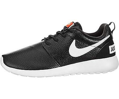 new arrival cad88 f8419 Nike Women's Roshe One Premium