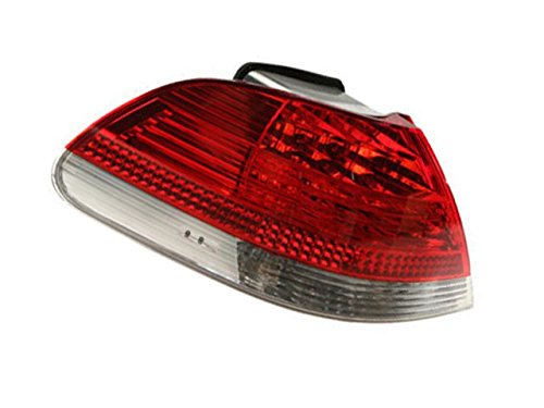 BMW e65 e66 (05-08) OEM Side Panel Tail Lamp assy LEFT /driver side