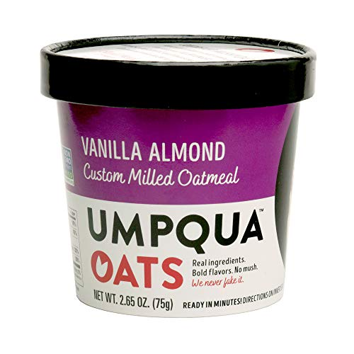 Umpqua Oats All Natural Oatmeal Cups Variety Pack, 4 Fruit & Nut and 4 Vanilla Almond, 8 Count (PACKAGING MAY VARY)