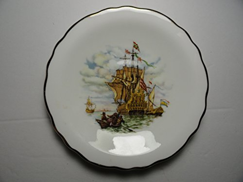 Royal Grafton Small Gold Rimmed Collectible Plate