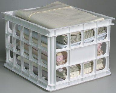 Sterilite 16928006 Storage Crate White