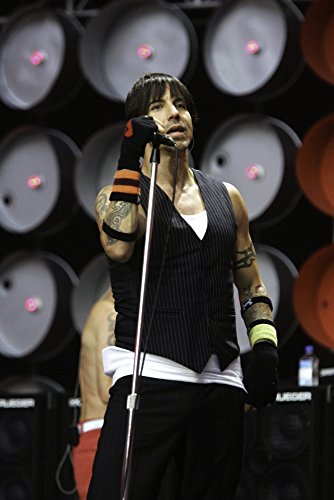 Anthony Kiedis of The Red Hot Chili Peppers performing at Live Earth at the Wembley Stadium in London Photo Print (8 x 10)