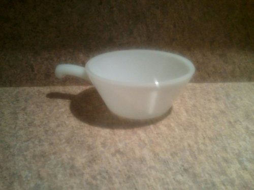 Vintage Anchor Hocking White Milk Glass Soup Bowl with Handle Oven Proof Collectible (Milk Bowl Anchor Glass Hocking)