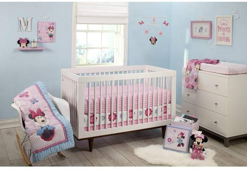 Disney Minnie Mouse Happy Day 4 Piece Crib Bedding Set With Keepsake Box