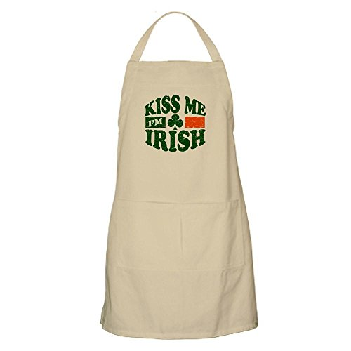 CafePress Kiss Me Im Irish Apron Kitchen Apron with Pockets, Grilling Apron, Baking Apron