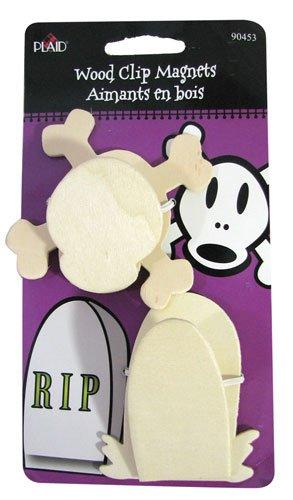 Wooden Gravestone and Skull & Crossbone Magnetic Halloween Clips (Pkg 6)]()