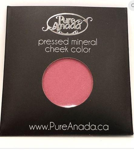 pure-anada-pressed-powder-mineral-blush-strawberry-field-fuschia-pink