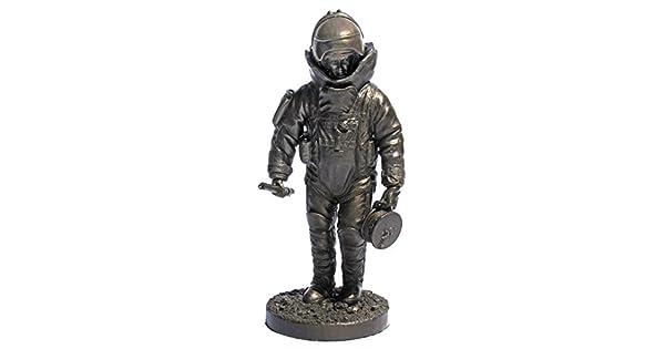 Amazon.com: khaki-army EE. UU. EOD Specialist Bronce Estatua ...