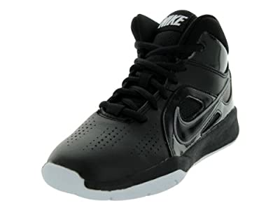 Nike Team Hustle D 6 Black/White Boys Basketball Shoes