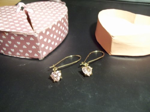 Wire Heart Drop Earrings in Heart Box (Avon Strand Earrings)