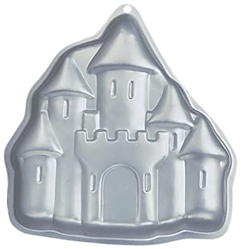 Amazoncom Wilton Enchanted Castle Pan Novelty Cake Pans