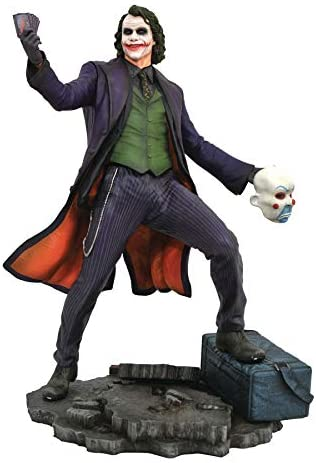 DIAMOND SELECT TOYS DC Gallery: The Dark Knight: The Joker PVC Figure,Multicolor