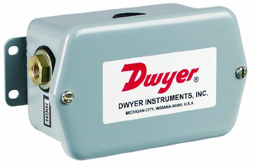 Liquid Flow Transmitter - Dwyer Series  647 Wet/Wet Differential Pressure Transmitter, 0-10