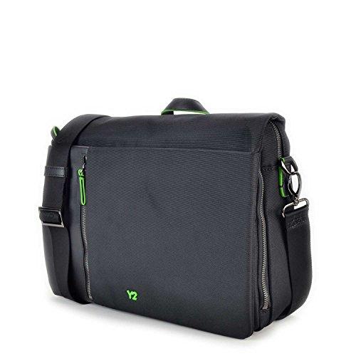 Borsa messenger con tasca tablet, porta notebook e dettagli in pelle, Y Not Business Nero