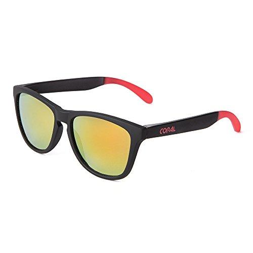 CORAL Sunglasses – PELICANO – Gafas de sol negras y lentes espejo amarillas. Acabado mate engomado