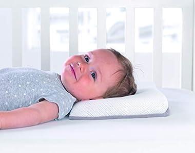 Liegeglatze Baby