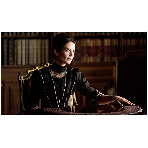 Eva Green as Vanessa Ives in Penny Dreadful at Tarot Table 8 x 10 Inch Photo
