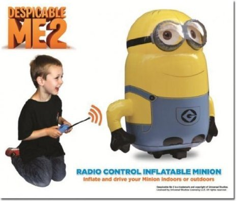 Despicable Me 2 (怪盗グルーのミニオン危機一髪) ラジコン Inflatable Minion (Dispatched from uK) おもちゃ (並行輸入) B00JA85NJ6