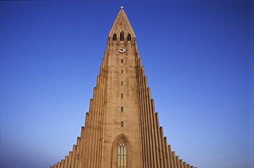 Hallgrimskirkja, Reykjavik, Iceland 30x40 photo reprint by PickYourImage