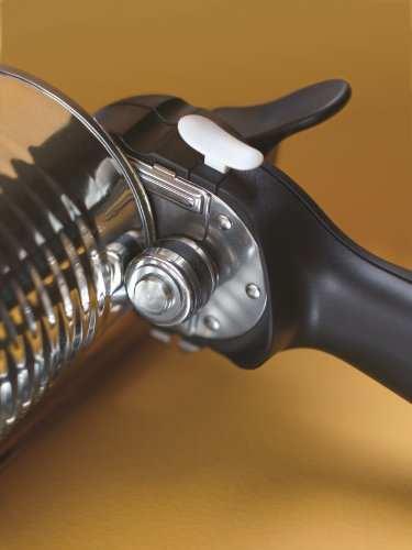 Hand operated can opener