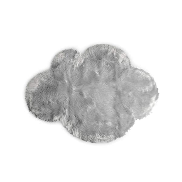 Machine Washable Faux Sheepskin Light Grey Cloud Area Rug 32″ x 44″ – Soft and Silky – Perfect for Baby's Room, Nursery, playroom (2′ 7″ x 3′ 7″) – Fake Fur Area Rug – Light Grey Cloud