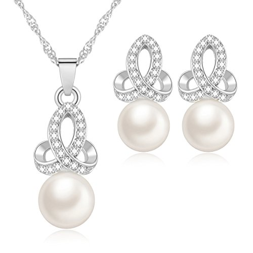 (MOOCHI White Simulated Pearls Pendant Silver-Tone Necklace Earrings Jewelry Set)