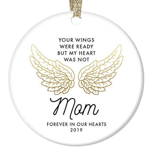 In Loving Memory of Mom Ornament 2019 Christmas Memorial Loss of Mother Anniversary Keepsake Family Friend Sympathy Gifts Funeral Service Condolence Gold Angel Wings 3