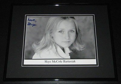 Skye McCole Bartusiak Signed Framed 8x10 Photo Poster Don't Say a Word