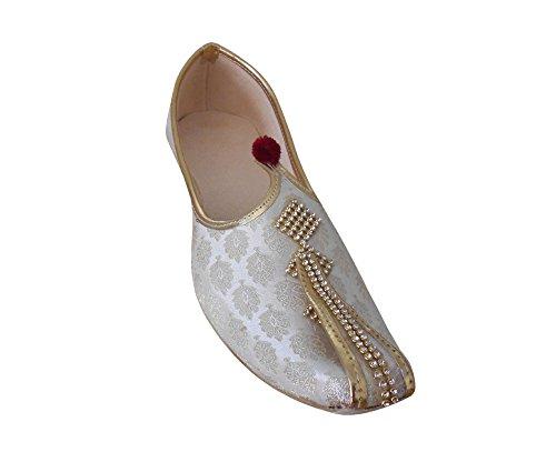 KALRA Creations Herren Traditionelle indische Seide mit Sequenz Arbeit Hochzeit Schuhe Cremefarben