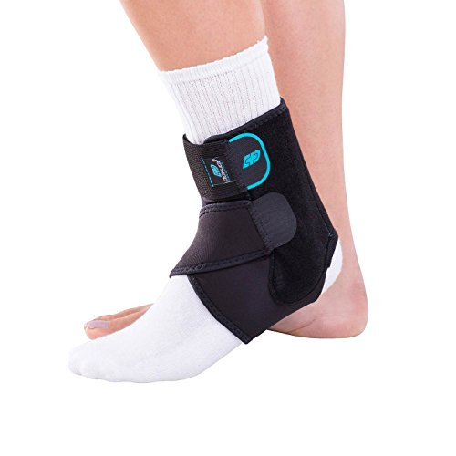 DonJoy Advantage DA161AB01-BLK-S, M Stabilizing Ankle Brace, Lightweight Low Profile, Dual Compression Straps for Strains, Sprains, Arthritis, Adjustable to fit Small to Medium, 7.5″ to 9.5″