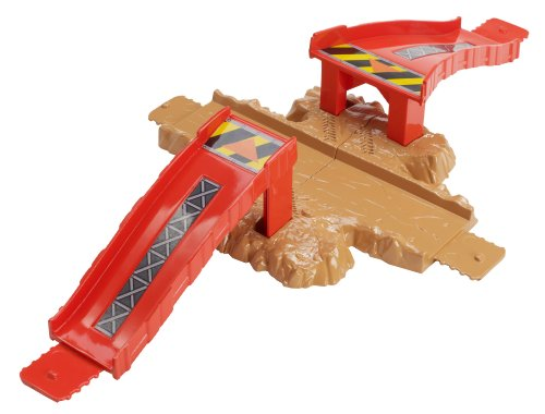 Hot Wheels Track Builder Crossroad Crash Stunt Pack