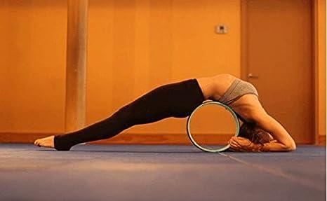 Yoga ruota di esercizio di yoga per migliorare la spina dorsale