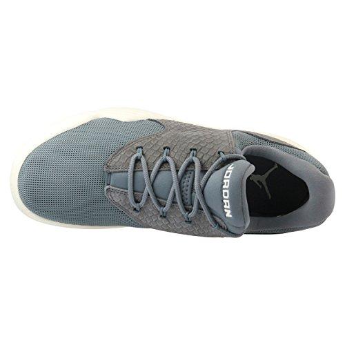 Jordan Herren Sneaker grau 47 1/2
