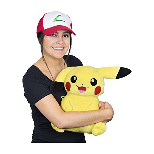 Pikachu Wearing Trainer Hat Poké Plush (Trainer Size) - 16 in. ()