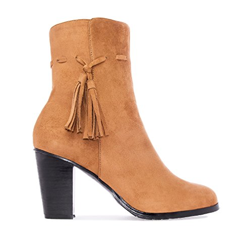 Andres Machado AM4066.Tassle Booties In Faux Suede.Petite and Large Sizes.Size Range: UK 0.5 To 2.5/EU 32 To 35 - UK 8 To 10.5/EU 42 To 45. Camel Suede 8XiBJ5