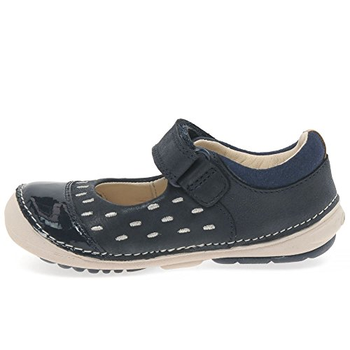 Clarks Softly Lou First Girls Casual Pumps