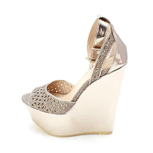 ShoeDazzle Womens Presta Peep Toe Special Occasion Platform Sandals Gold