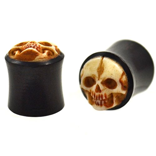Pair (2) Organic Bone Carved Smiling Skull Saddle Ear Plugs w/Horn Exterior Gauges - 00G 10MM (Horn Saddle Ear Plug)