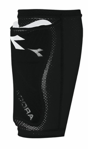 Amazon.com   Diadora Pocket Sleeve for Shinguards (Black af11f31711f7