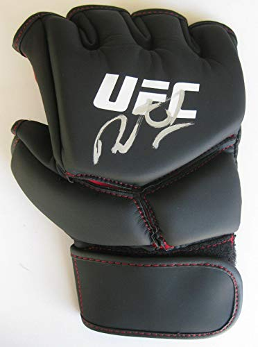 (Demetrious Johnson, Mighty Mouse,mma,signed,autographed,ufc Glove,coa.with Proof - Autographed UFC Gloves)