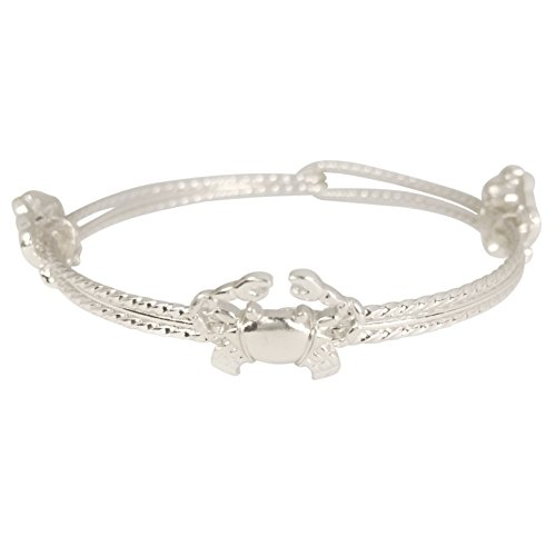 Thin Wire Twist Theme Hook Bangle Bracelet (Silver Tone Crab) (Silver Wire Cuff Tone)