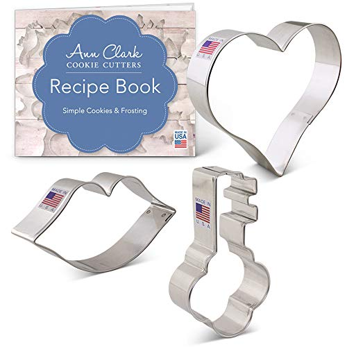 Giant Heart Cookie Recipe - Ann Clark Cookie Cutters 3-Piece Valentine's Day Cookie Cutter Set with Recipe Booklet, Heart, Lips and Key