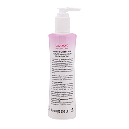 Lactacyd Natural Care Cleansing Feminine Wash with Natural Milk Extracts 250ml