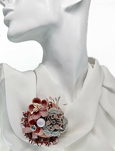 Brooch Lapel Pink Pin Floral Element Boutonniere Camellia Fashion Boho Chic Flower Women Gift Fashionable Classic Style Embedded Imitated Crystals or ()