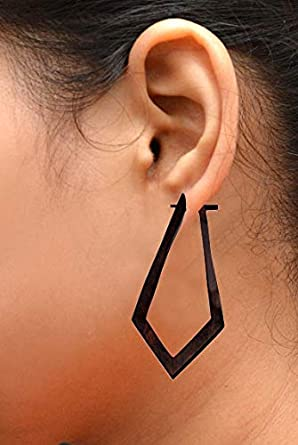 Amazon.com: Un par de tribal Orgánica Madera Piercings ...