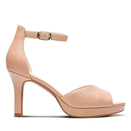 Clarks Mayra Dove Leather Shoes in Beige