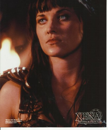 001 Xena Warrior Princess Lucy Lawless 8 x 10 Inch Photo close up by Xena