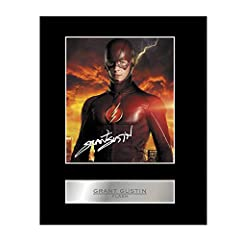 Professionally mounted display of Grant Gustin with his printed autograph. Our bevel cut acid free mounts are 1.5mm in thickness and can be fitted into a 10x8 inch frame. We use the latest state of the art photo processing lab equipment for t...