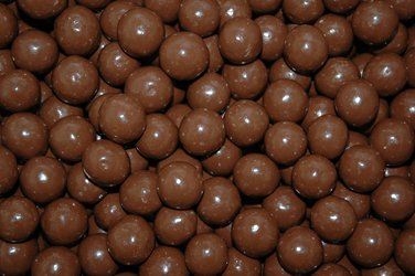 BAYSIDE CANDY Milk Chocolate Malt Balls, 3LBS - Chocolate Covered Malt Balls