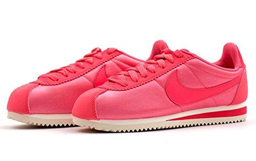 Nike Wmns Classic Cortez Nylon Lifestyle Sneakers Nuevo